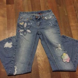Bongo distressed jeans patchwork designs